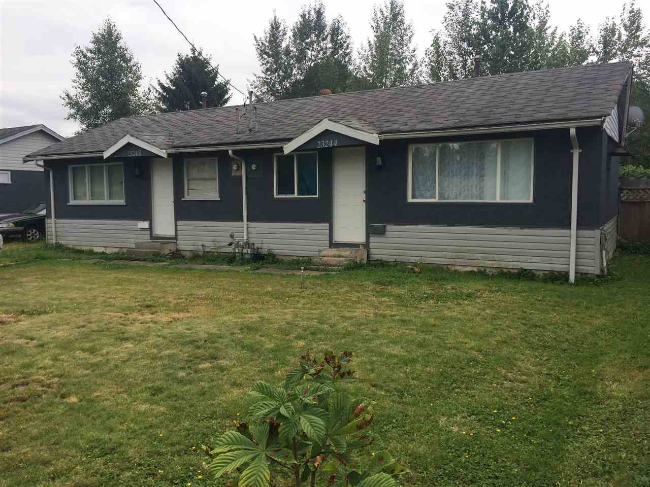 Main Photo: 23262 - 23266 DEWDNEY TRUNK Road in Maple Ridge: Cottonwood MR House Duplex for sale : MLS®# R2099972