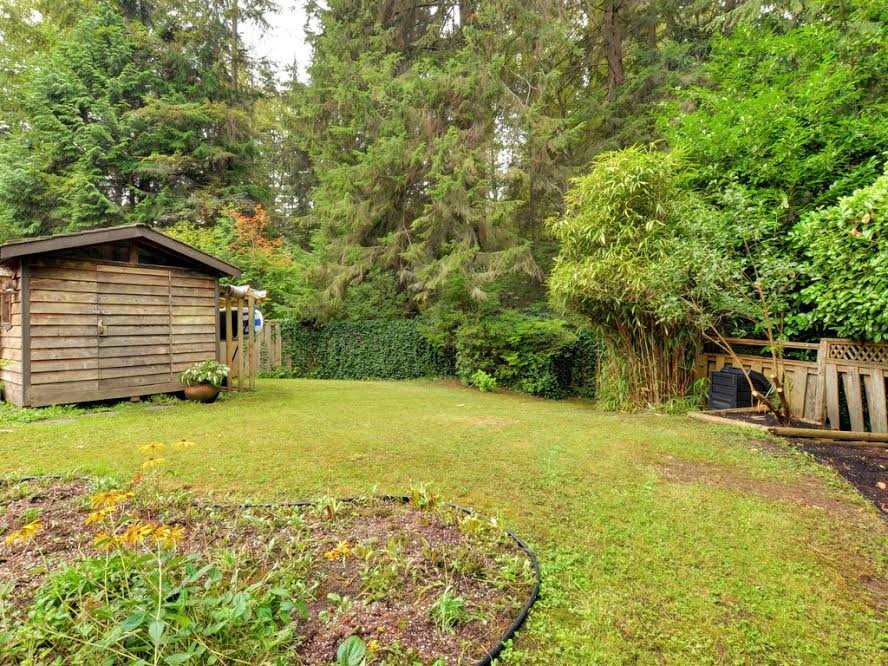 Photo 18: Photos: 1921 PARKSIDE Lane in North Vancouver: Deep Cove House for sale : MLS®# R2106158