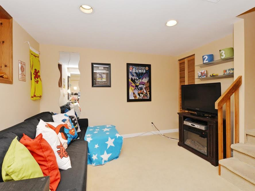 Photo 14: Photos: 1921 PARKSIDE Lane in North Vancouver: Deep Cove House for sale : MLS®# R2106158