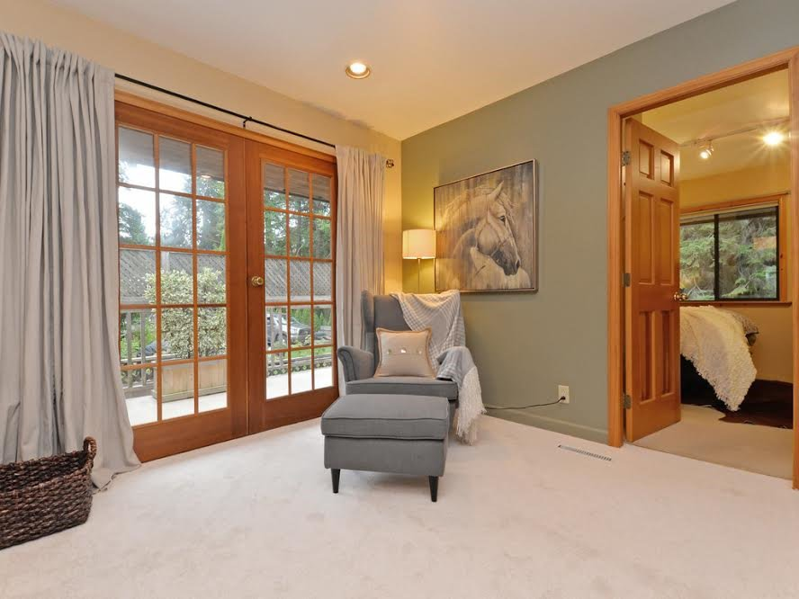 Photo 3: Photos: 1921 PARKSIDE Lane in North Vancouver: Deep Cove House for sale : MLS®# R2106158