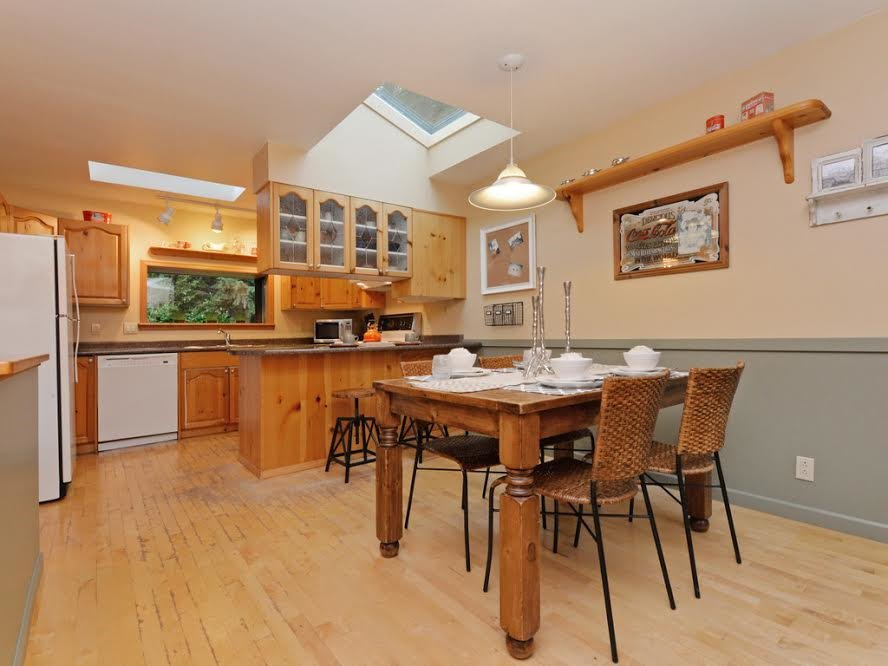 Photo 5: Photos: 1921 PARKSIDE Lane in North Vancouver: Deep Cove House for sale : MLS®# R2106158