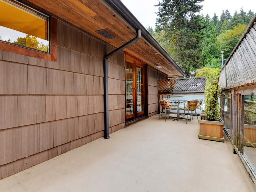 Photo 11: Photos: 1921 PARKSIDE Lane in North Vancouver: Deep Cove House for sale : MLS®# R2106158