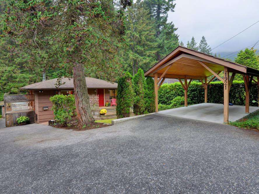 Photo 20: Photos: 1921 PARKSIDE Lane in North Vancouver: Deep Cove House for sale : MLS®# R2106158