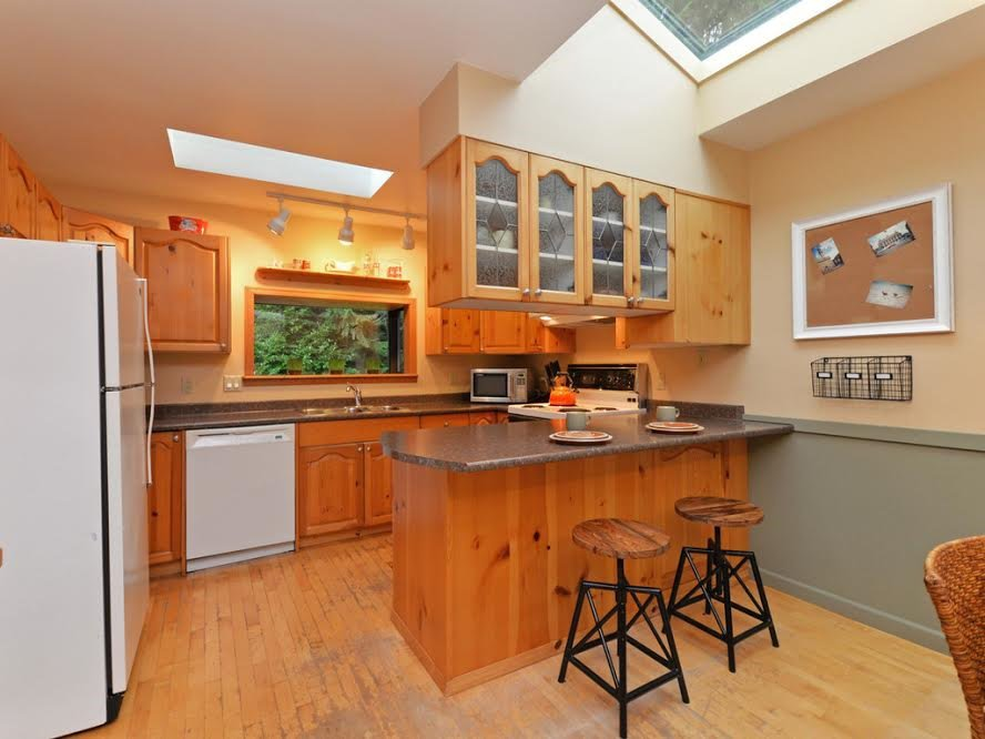 Photo 6: Photos: 1921 PARKSIDE Lane in North Vancouver: Deep Cove House for sale : MLS®# R2106158