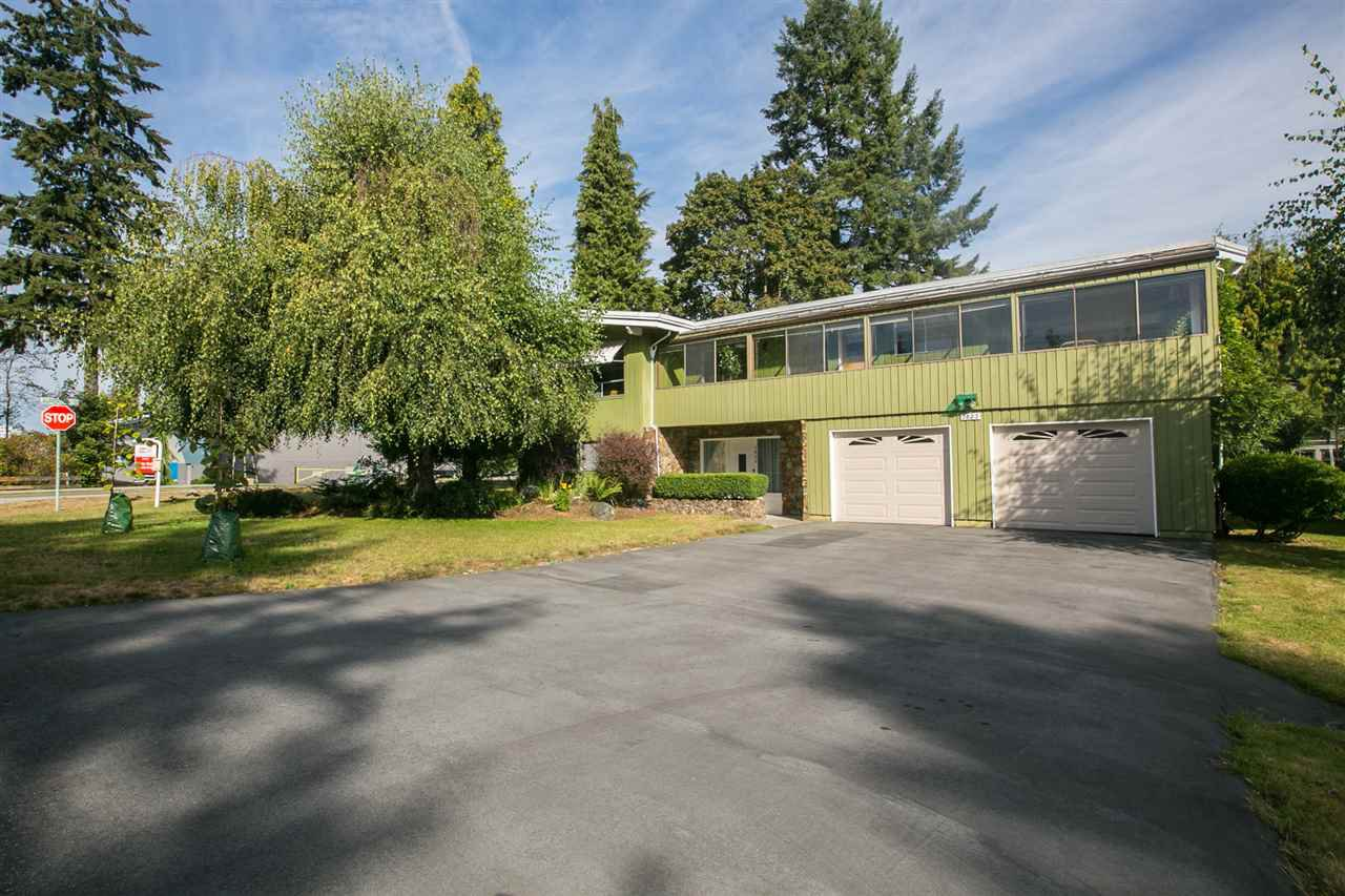 Main Photo: 1823 WINSLOW Avenue in Coquitlam: Central Coquitlam House for sale : MLS®# R2106691