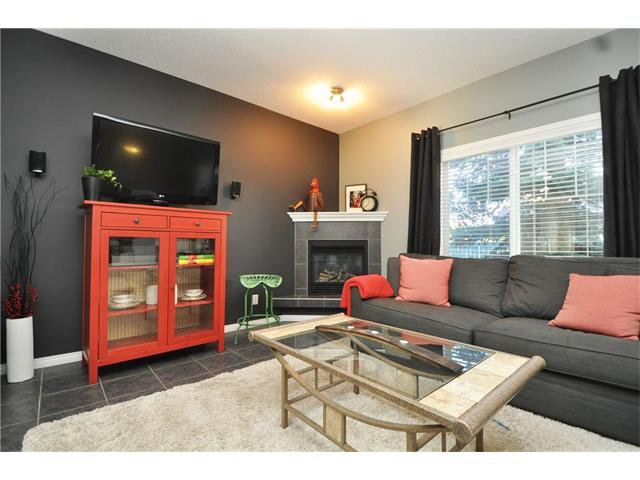 Main Photo: 102 2 WESTBURY Place SW in Calgary: West Springs House for sale : MLS®# C4087728