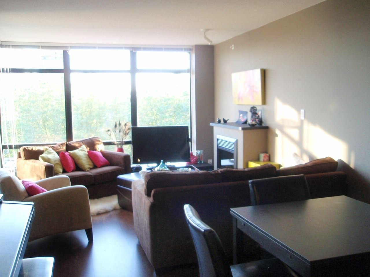 """Photo 2: Photos: 503 610 VICTORIA Street in New Westminster: Downtown NW Condo for sale in """"THE POINT"""" : MLS®# R2127407"""