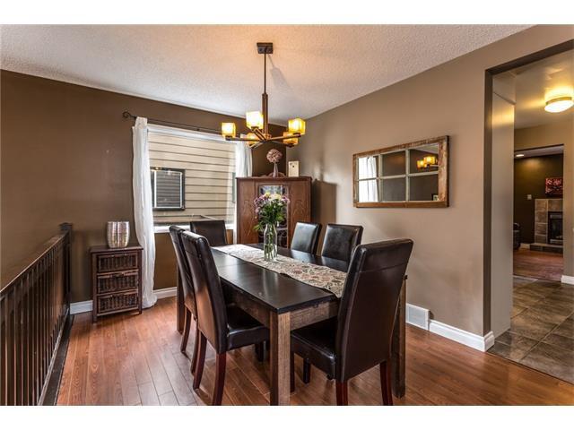 Photo 6: Photos: 3112 107 Avenue SW in Calgary: Cedarbrae House for sale : MLS®# C4117087