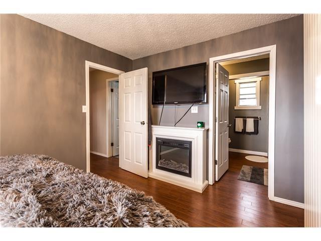 Photo 19: Photos: 3112 107 Avenue SW in Calgary: Cedarbrae House for sale : MLS®# C4117087