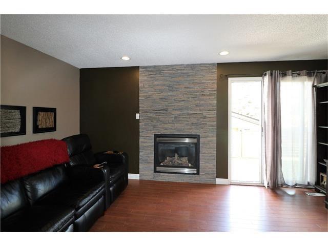 Photo 13: Photos: 3112 107 Avenue SW in Calgary: Cedarbrae House for sale : MLS®# C4117087