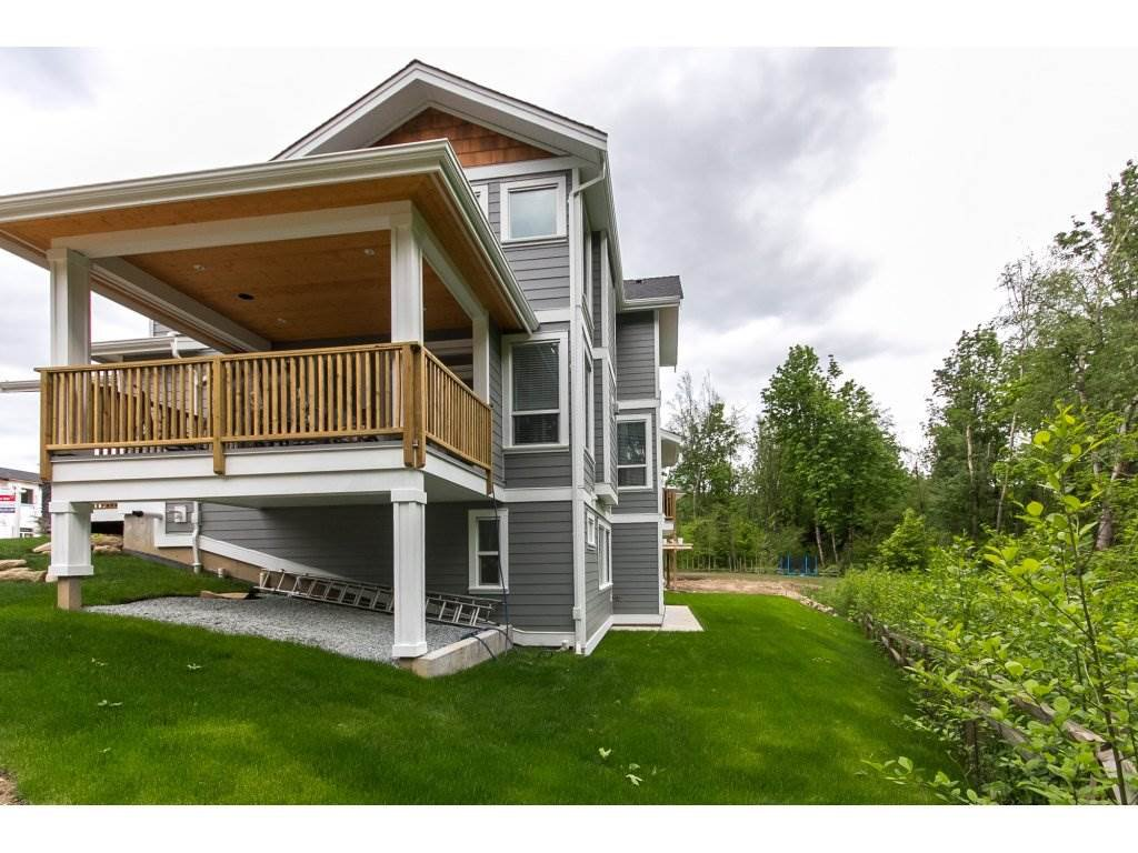 """Photo 20: Photos: 35942 EMILY CARR Crescent in Abbotsford: Abbotsford East House for sale in """"AUGUSTON"""" : MLS®# R2170445"""