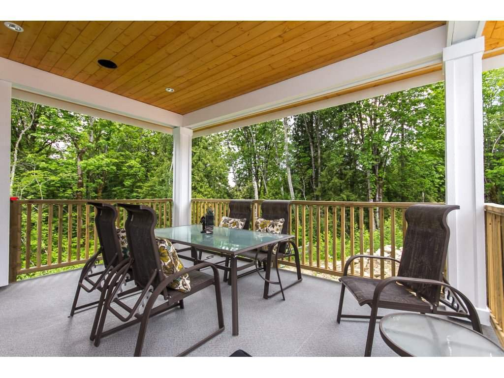 """Photo 11: Photos: 35942 EMILY CARR Crescent in Abbotsford: Abbotsford East House for sale in """"AUGUSTON"""" : MLS®# R2170445"""