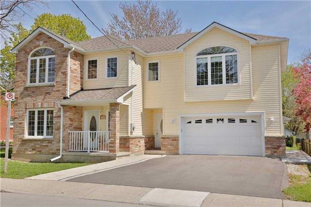 Main Photo: 10 Robert Street in Milton: Old Milton House (2-Storey) for sale : MLS®# W3846461