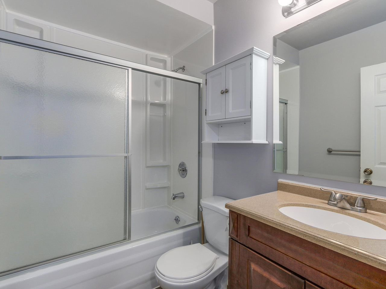 """Photo 11: Photos: 1673 GREENMOUNT Avenue in Port Coquitlam: Oxford Heights 1/2 Duplex for sale in """"OXFORD HEIGHTS"""" : MLS®# R2221936"""