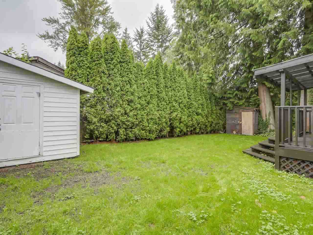 """Photo 15: Photos: 1673 GREENMOUNT Avenue in Port Coquitlam: Oxford Heights 1/2 Duplex for sale in """"OXFORD HEIGHTS"""" : MLS®# R2221936"""