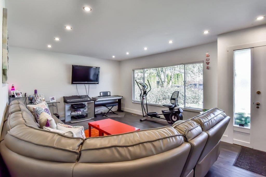 Photo 2: Photos: 11917 GLENHURST Street in Maple Ridge: Cottonwood MR House for sale : MLS®# R2269408