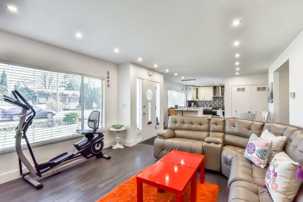 Photo 7: Photos: 11917 GLENHURST Street in Maple Ridge: Cottonwood MR House for sale : MLS®# R2269408