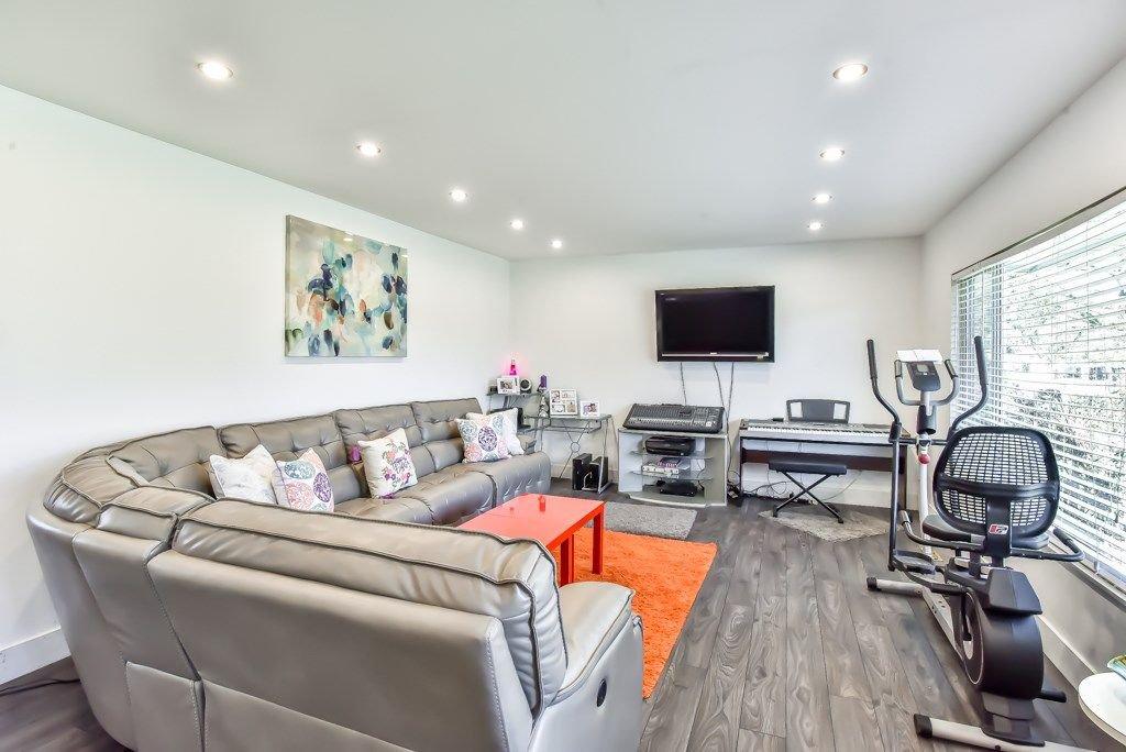 Photo 4: Photos: 11917 GLENHURST Street in Maple Ridge: Cottonwood MR House for sale : MLS®# R2269408