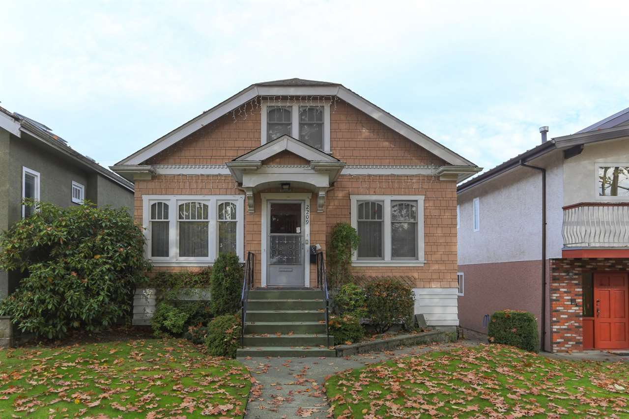 Main Photo: 2209 EAST 2ND Avenue in Vancouver: Grandview VE House for sale (Vancouver East)  : MLS®# R2319726