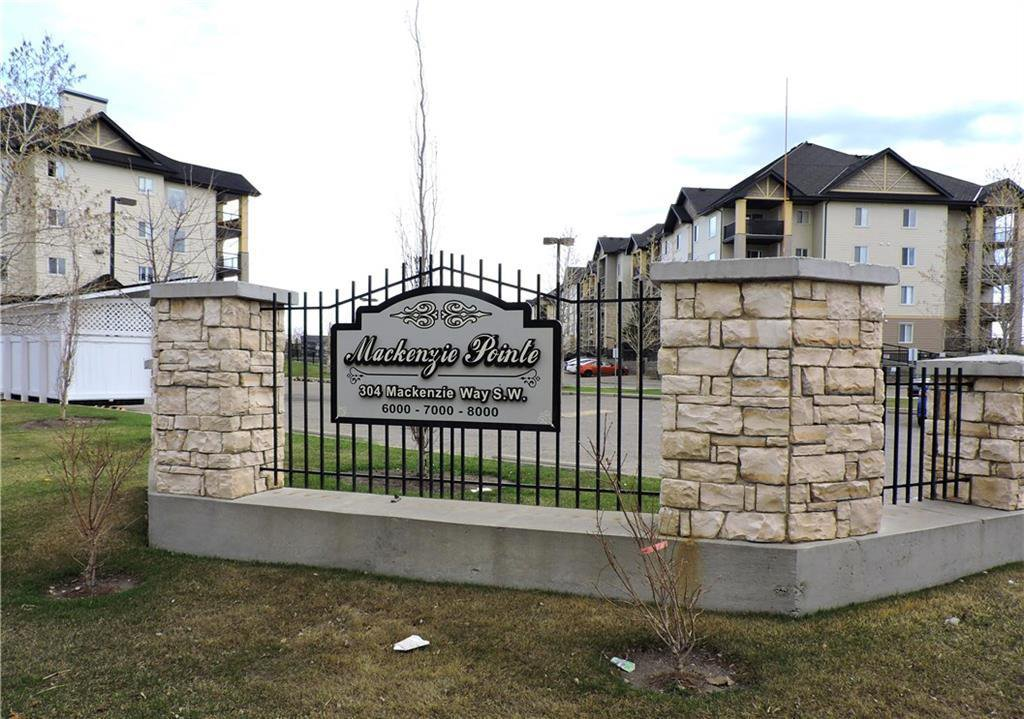 Main Photo: 8302 304 MACKENZIE Way SW: Airdrie Apartment for sale : MLS®# C4222682