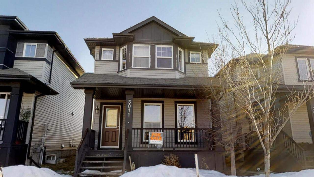 Main Photo: 3011 21 AVE Avenue in Edmonton: Zone 30 House for sale : MLS®# E4148604