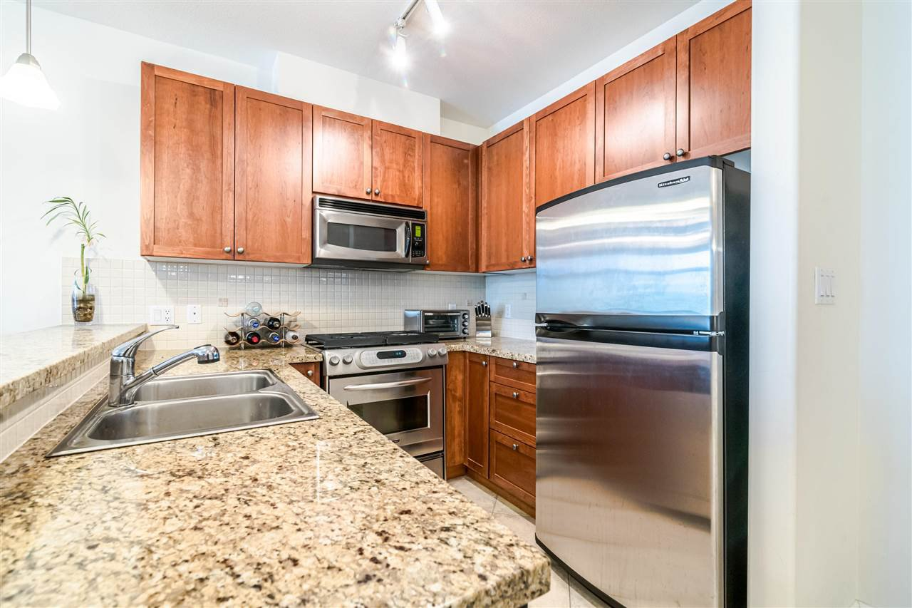 "Photo 7: Photos: 217 4280 MONCTON Street in Richmond: Steveston South Condo for sale in ""THE VILLAGE AT IMPERIAL LANDING"" : MLS®# R2387025"