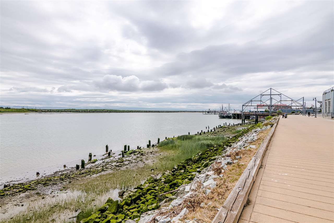 "Photo 18: Photos: 217 4280 MONCTON Street in Richmond: Steveston South Condo for sale in ""THE VILLAGE AT IMPERIAL LANDING"" : MLS®# R2387025"