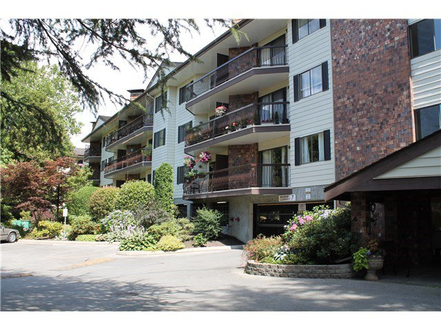 Main Photo: 102 10180 RYAN ROAD in : South Arm Condo for sale : MLS®# R2019673