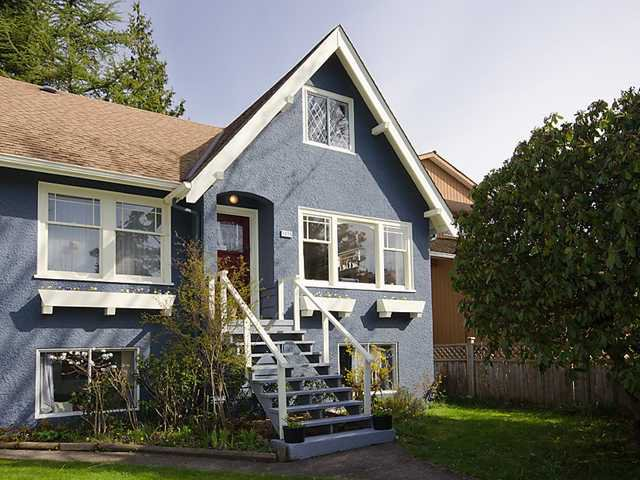 "Main Photo: 3835 W 24TH Avenue in Vancouver: Dunbar House for sale in ""DUNBAR"" (Vancouver West)  : MLS®# V884363"