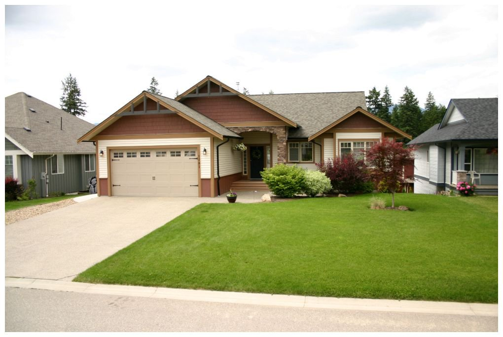 Main Photo: 1791 Northeast 23 Street in Salmon Arm: Lakeview Meadows House for sale : MLS®# 10066520
