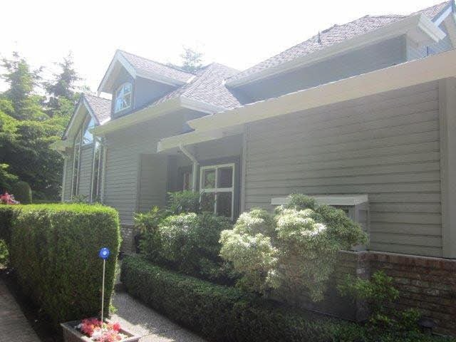 """Main Photo: 15 2168 150A Street in Surrey: Sunnyside Park Surrey Townhouse for sale in """"SOUTH HAMPTON"""" (South Surrey White Rock)  : MLS®# F1425347"""