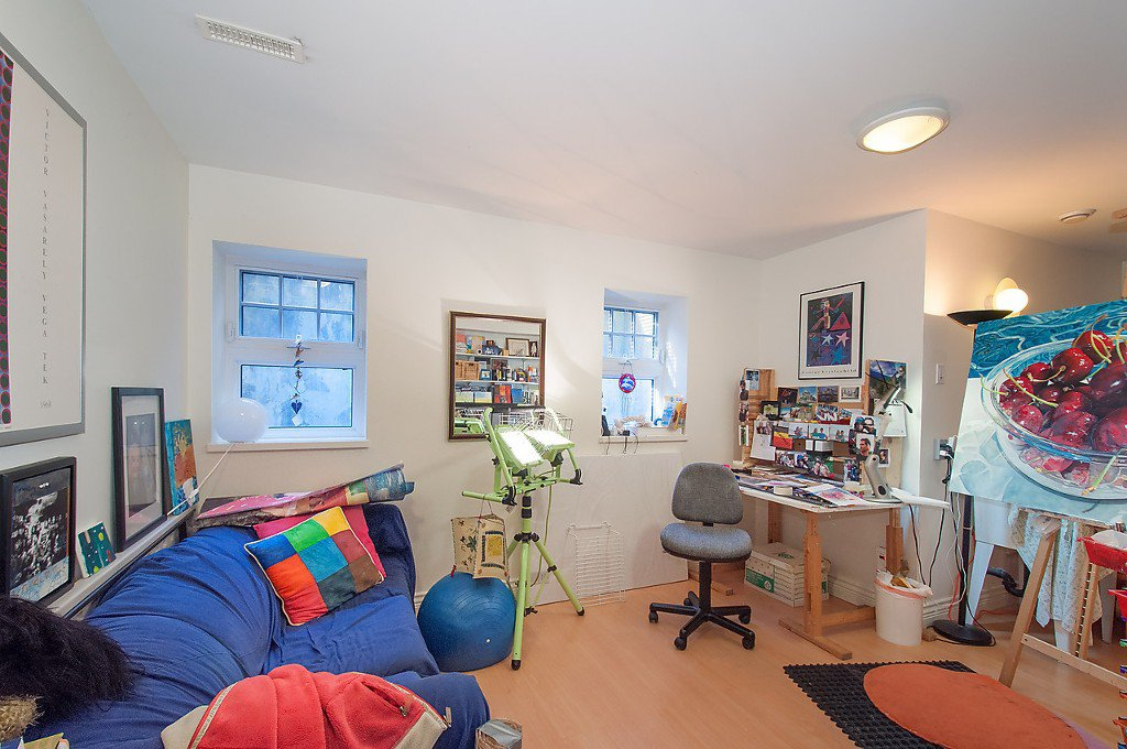 """Photo 40: Photos: 1868 KNOX Road in Vancouver: University VW House for sale in """"UNIVERSITY"""" (Vancouver West)  : MLS®# V1133776"""