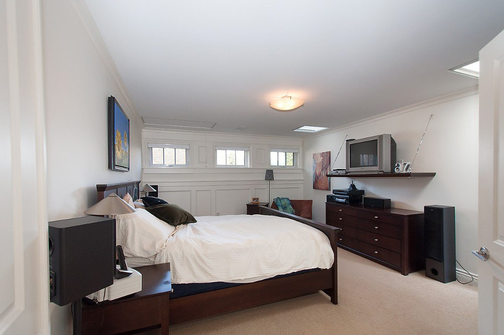 """Photo 32: Photos: 1868 KNOX Road in Vancouver: University VW House for sale in """"UNIVERSITY"""" (Vancouver West)  : MLS®# V1133776"""