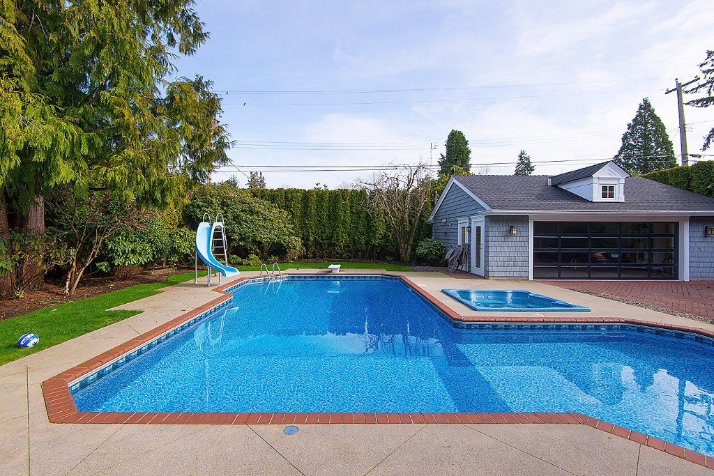 """Photo 15: Photos: 1868 KNOX Road in Vancouver: University VW House for sale in """"UNIVERSITY"""" (Vancouver West)  : MLS®# V1133776"""