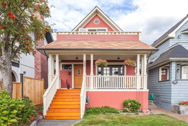 Main Photo: 238 W 5TH Street in NORTH VANC: Lower Lonsdale House for sale (North Vancouver)  : MLS®# R2002315