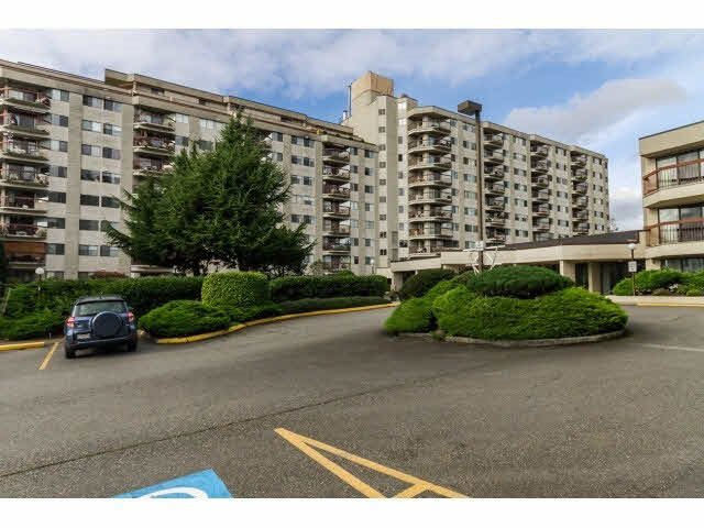 "Main Photo: 205 31955 OLD YALE Road in Abbotsford: Abbotsford West Condo for sale in ""Evergreen Village"" : MLS®# R2023687"