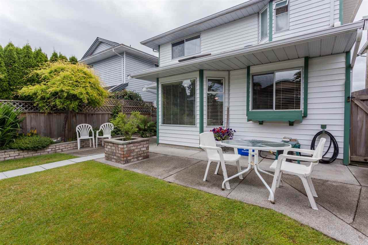 Main Photo: 3275 PLEASANT Street in Richmond: Steveston Village House for sale : MLS®# R2078888