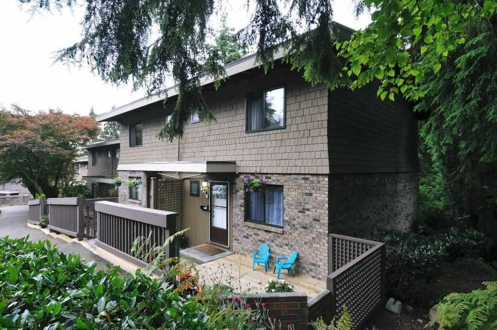 """Main Photo: 331A EVERGREEN Drive in Port Moody: College Park PM Townhouse for sale in """"EVERGREEN"""" : MLS®# R2087745"""