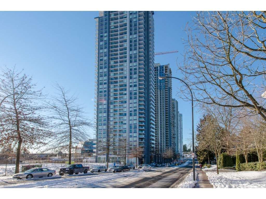 """Main Photo: 2509 13750 100 Avenue in Surrey: Whalley Condo for sale in """"Park Avenue"""" (North Surrey)  : MLS®# R2129142"""