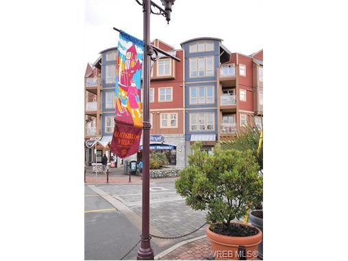 Main Photo: 103 2844 Bryn Maur Rd in VICTORIA: La Langford Proper Condo for sale (Langford)  : MLS®# 749582