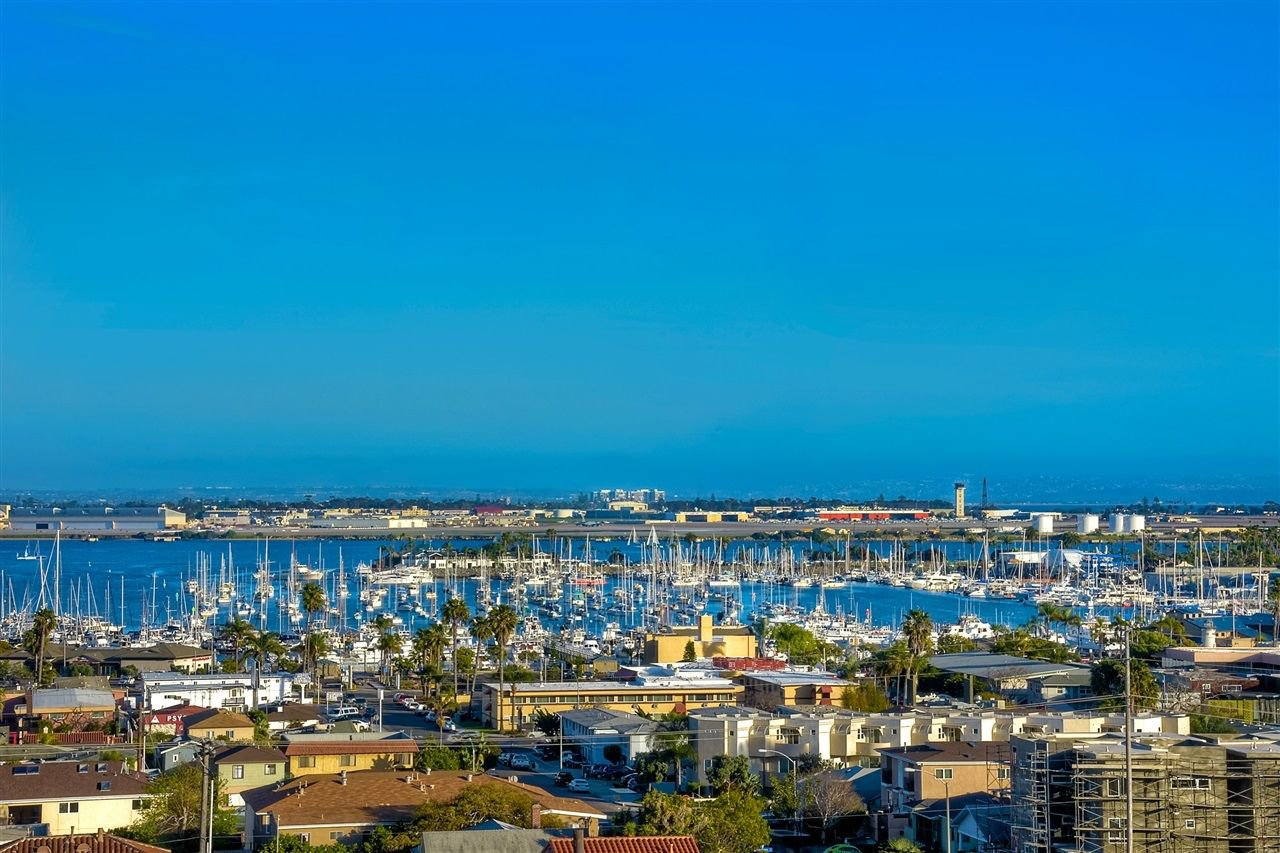 Photo 16: Photos: POINT LOMA House for sale : 4 bedrooms : 3335 Hugo St in San Diego