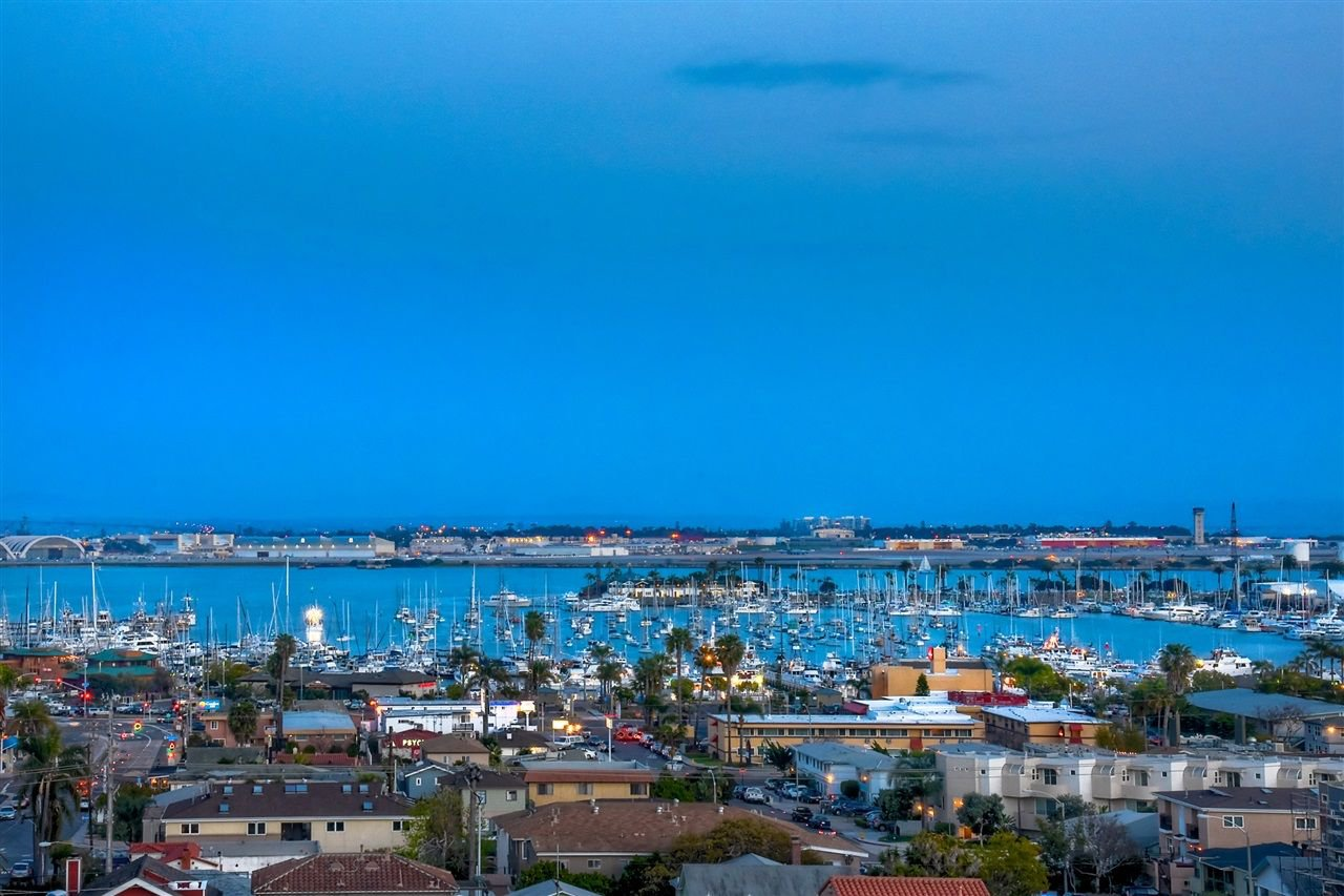 Photo 19: Photos: POINT LOMA House for sale : 4 bedrooms : 3335 Hugo St in San Diego