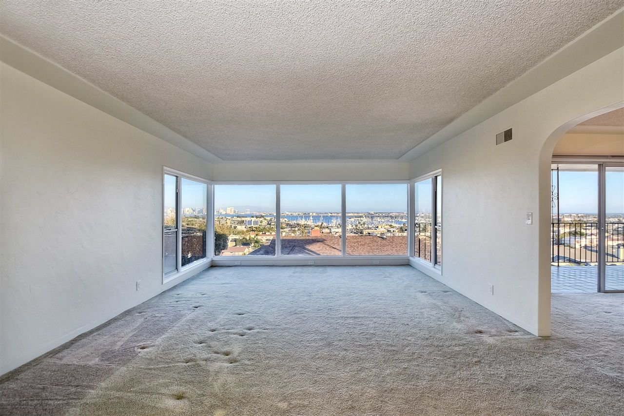 Photo 4: Photos: POINT LOMA House for sale : 4 bedrooms : 3335 Hugo St in San Diego