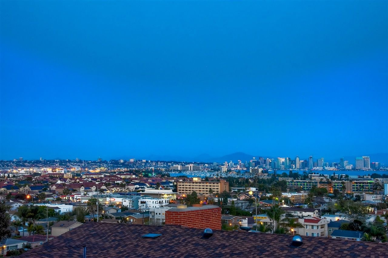 Photo 21: Photos: POINT LOMA House for sale : 4 bedrooms : 3335 Hugo St in San Diego