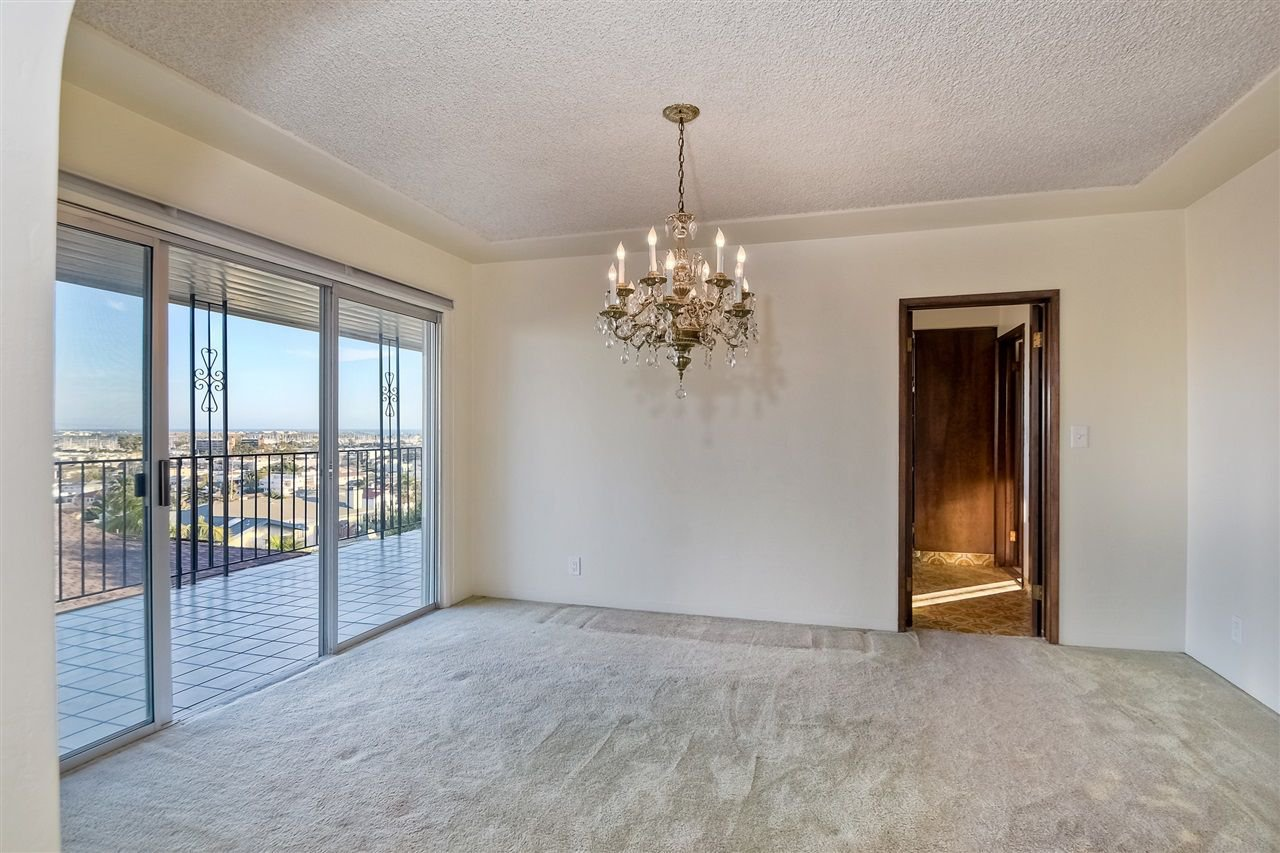 Photo 8: Photos: POINT LOMA House for sale : 4 bedrooms : 3335 Hugo St in San Diego