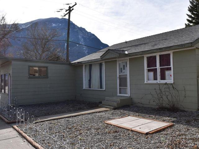 Main Photo: 989 MAIN STREET in : Lillooet Building and Land for sale (South West)  : MLS®# 144694