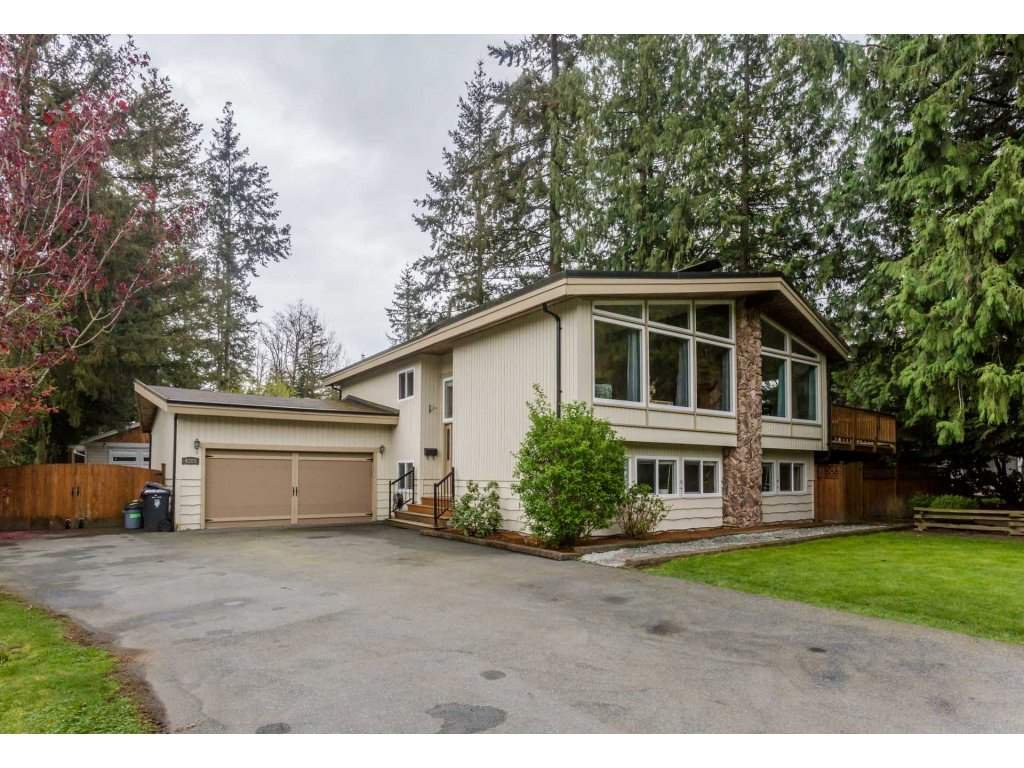 Main Photo: 4288 199A Street in Langley: Brookswood Langley House for sale : MLS®# R2261320