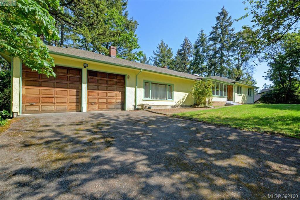 Main Photo: 10837 Deep Cove Road in NORTH SAANICH: NS Deep Cove Single Family Detached for sale (North Saanich)  : MLS®# 392160