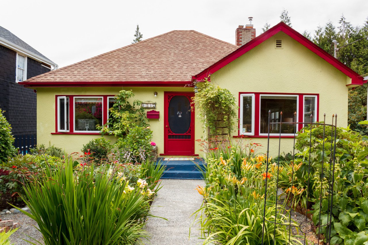 Charming late 40's Fernwood home