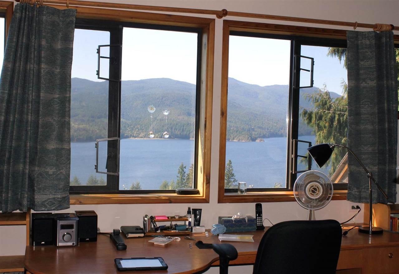 Photo 18: Photos: 5818 DEERHORN Drive in Sechelt: Sechelt District House for sale (Sunshine Coast)  : MLS®# R2311987
